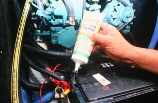 Comment Hiverner les batteries de mon bateau?